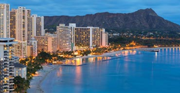The Hottest Things to Do in Waikiki at Night