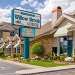 Accommodations by Willow Brook Lodge Logo
