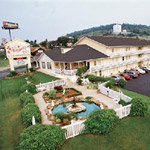 Honeysuckle Inn & Conference Center in Branson MO