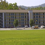 Twin Mountain Inn & Suites in Pigeon Forge TN