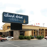 Island Drive Lodge in Pigeon Forge TN