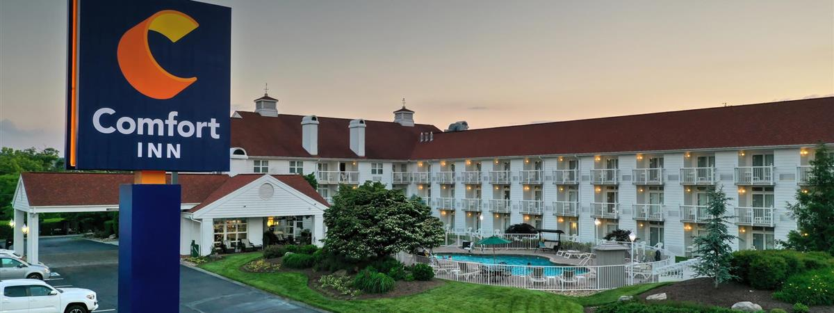 Red Carpet Inn Pigeon Forge Tennessee | Creativeadvertisingblog.com
