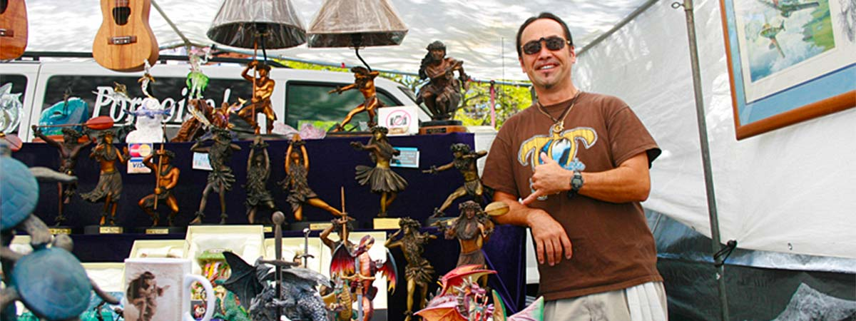 Arizona Memorial / Aloha Stadium Flea Market Tour