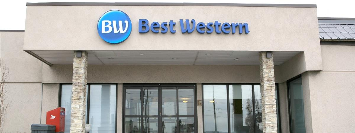 Best Western Parkway Toronto North Hotel in Richmond Hill, Ontario