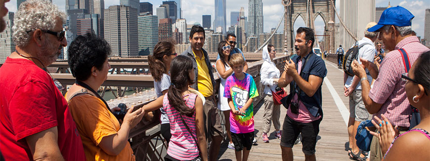 Brooklyn Bridge and DUMBO Neighborhood Tour