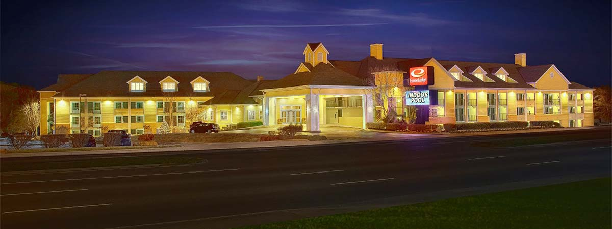 Econo Lodge Riverside in Pigeon Forge, Tennessee
