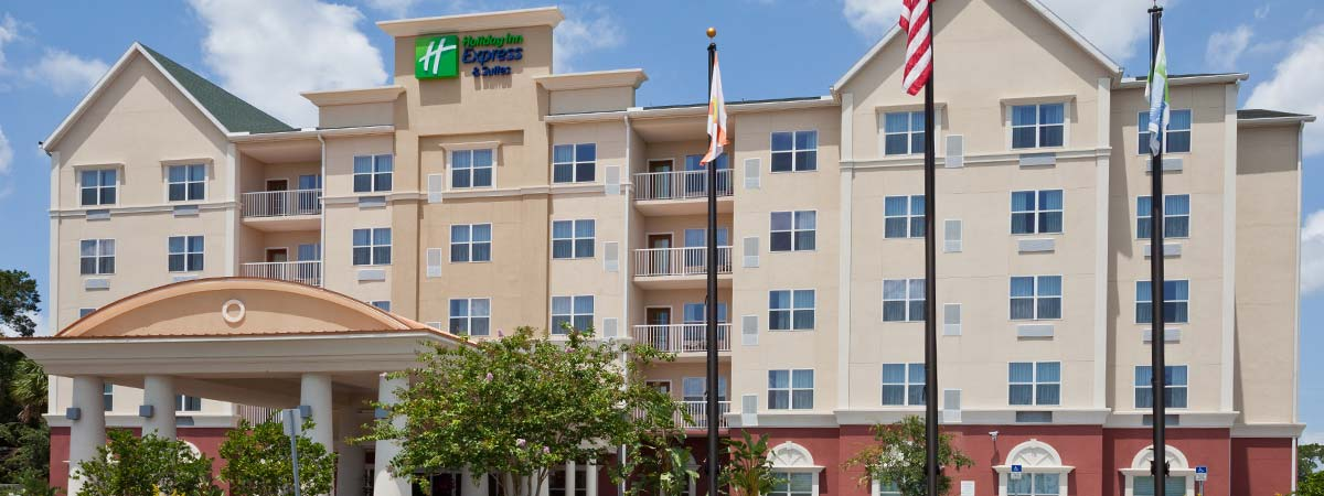 Holiday Inn Express & Suites Lakeland