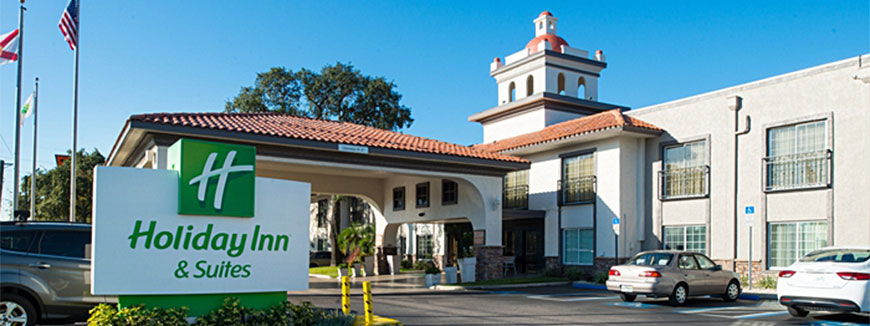 Holiday Inn & Suites Tampa North – Busch Gardens Area