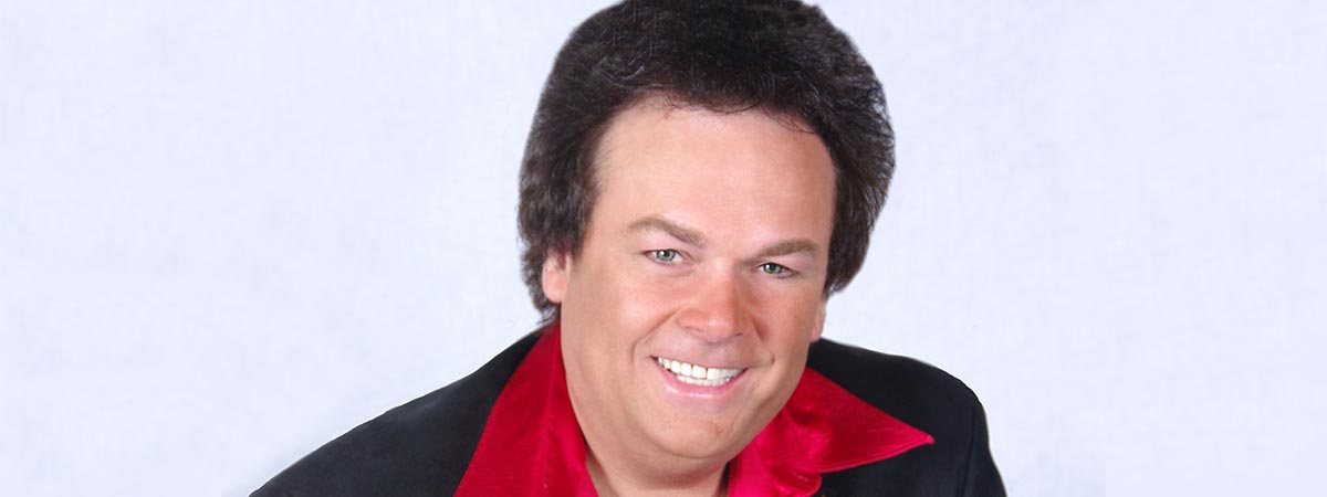 A Tribute to Conway Twitty by Travis James
