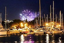 Friday Night Fireworks Cruise in Honolulu HI