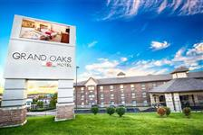 Grand Oaks Hotel in Branson, Missouri