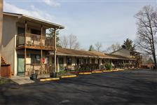 Shady Acre Motel in Branson West MO