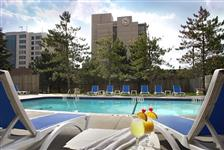 Sheraton Parkway Toronto North Hotel & Suites in Richmond Hill ON