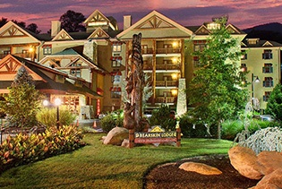 Bearskin Lodge on the River in Gatlinburg TN