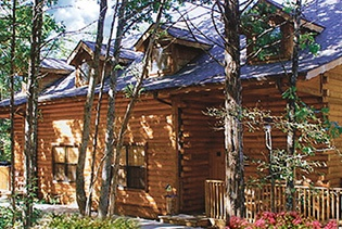 Cabins at Grand Mountain by Thousand Hills Golf Resort in Branson, Missouri