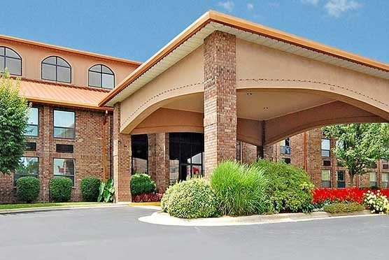 Comfort Inn at Thousand Hills in Branson  MO