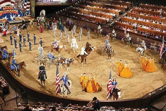 Dixie Stampede Dinner & Show in Branson MO