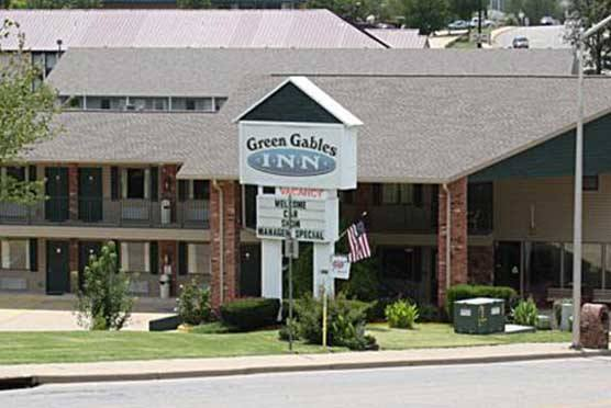 Green Gables Inn in Branson MO
