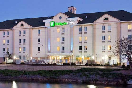 Holiday Inn Express Myrtle Beach-Broadway at the Beach in Myrtle Beach SC