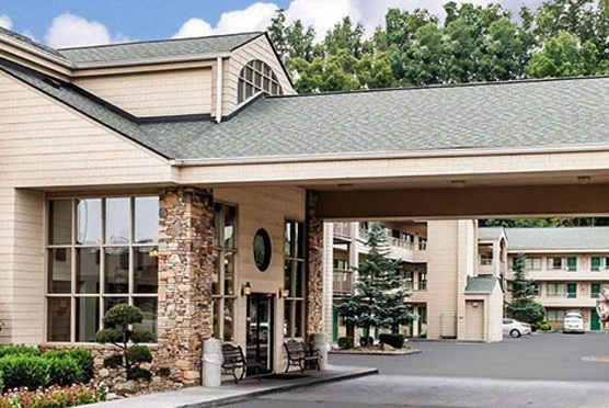 Quality Inn & Suites at Dollywood Lane in Pigeon Forge TN