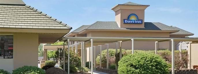 Days Inn Charlotte/Woodlawn Near Carowinds in Charlotte, North Carolina