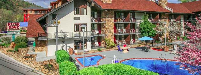 Gatlinburg TN Hotel Located Near The Great Smoky Mountains