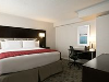 Guestroom - DoubleTree by Hilton Hotel Toronto Downtown in Toronto, ON