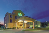 La Quinta Inn & Suites Richmond near Kings Dominion in Doswell, VA