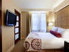 Guestroom - Millennium Knickerbocker in Chicago, Illinois