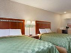 Guestroom - Travelodge Santa Clarita/Valencia in Santa Clarita, California