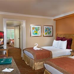 2 Bedroom And 2 Bathroom Suite