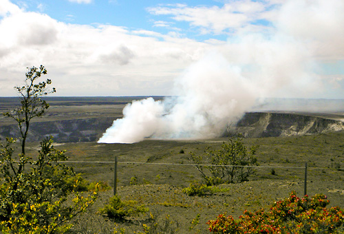 A view of Hawaii's active volcanoes from the Halema'uma'u Lookout.