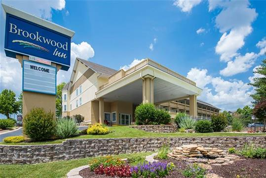 Brookwood Inn in Branson, Missouri