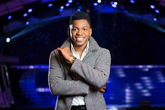 "2018 Christmas At The Smoky Mountain Opry - featuring Chris Blue, Winner of ""The Voice"" Season 12"