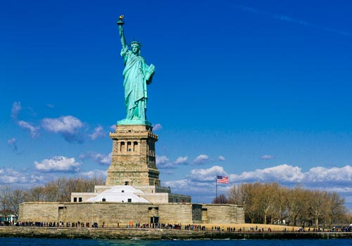Complete Lower Manhattan Tour: Statue of Liberty & Ellis Island and One World Observatory Tour in New York, New York