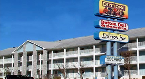 Located just behind The Dutton Family Theater on the 76 strip, The Dutton Inn is within walking distance of 5 theaters and numerous shows, restaurants and attractions!