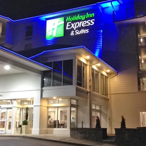 Holiday Inn Express Suites Sevierville Tennessee