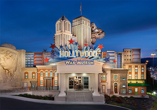 Hollywood Wax Museum Entertainment Center, located on Pigeon Forge's Showplace Blvd - four fun attractions for one low price!