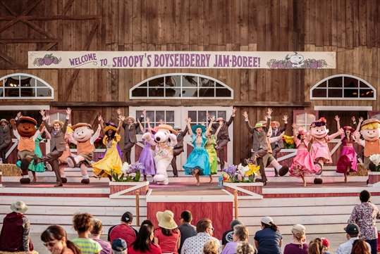Snoopy's Boysenberry Festival Jam-boree Show - Knott's Berry Farm in Buena Park, California