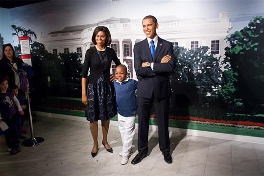 Stand along side the Obamas. - Madame Tussauds Washington, DC.