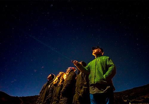 Stargazing with your interpretative guide on Maunakea before sunrise