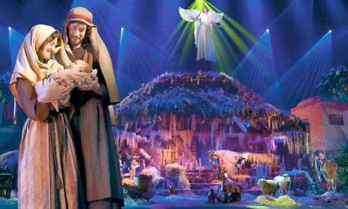 Miracle of Christmas at Sight & Sound Theatre - Branson, MO