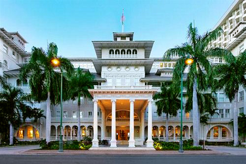 Moana Surfrider, A Westin Resort & Spa in Honolulu, Hawaii