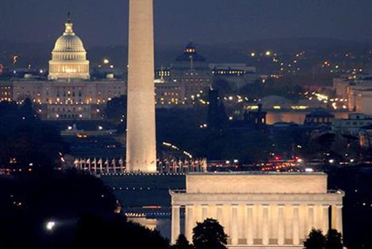 Capitol Building, Lincoln Memorial, & Washington Monument. - Monuments by Moonlight Night Tour in Washington, DC