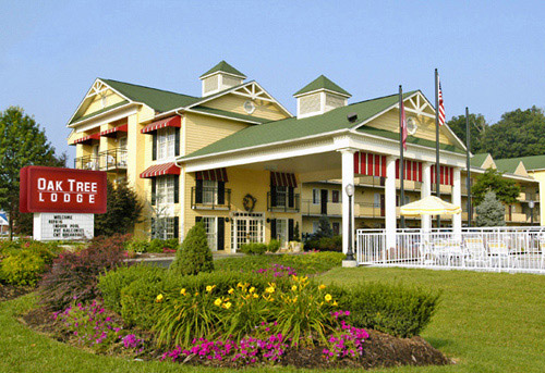 Oak Tree Lodge in Sevierville, Tennessee