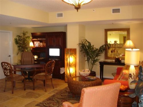 Lobby Sitting Area - Paradise Resort in Myrtle Beach, South Carolina