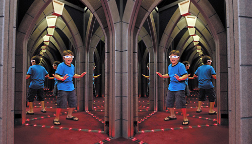 Ripley S Mirror Maze Myrtle Beach Image And Description Imageload Co