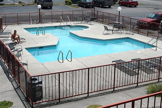 Outdoor swimming pool  at the River Place Inn in Pigeon Forge, Tennessee