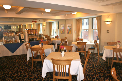 Restaurant - Salisbury Hotel in New York, New York