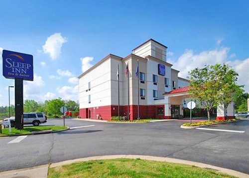 Sleep Inn And Suites in Ashland, Virginia